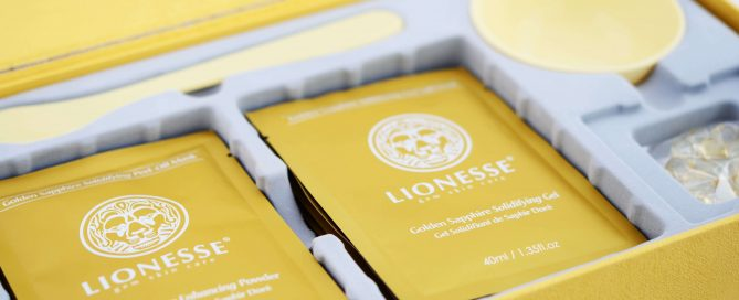 Lionesse Golden Sapphire Collection Mask