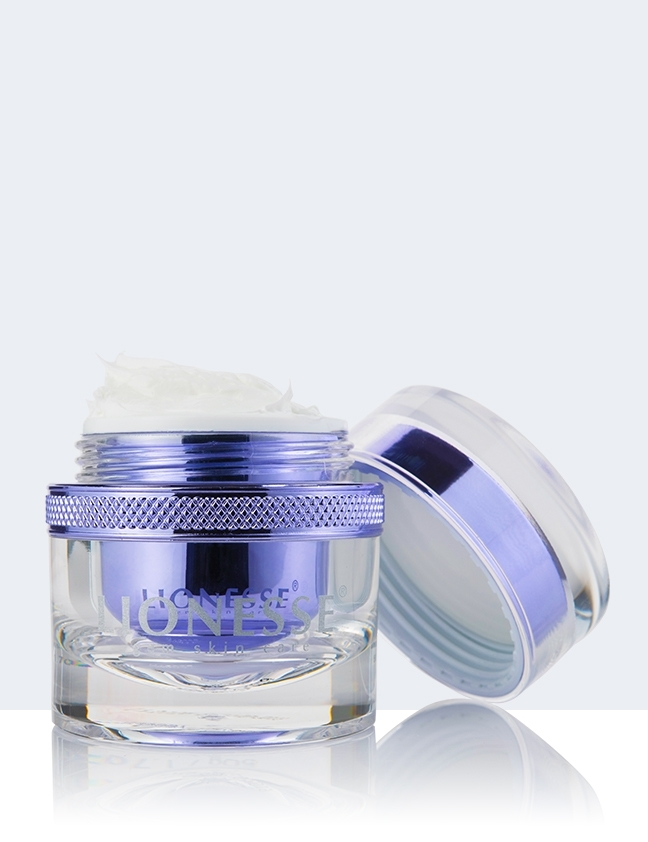 opal sheer shield spf 30 with removed lid